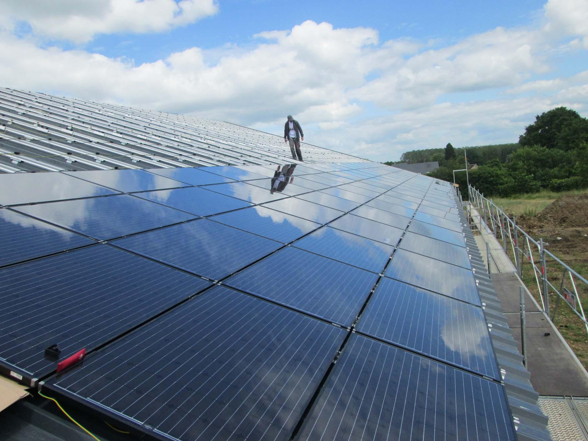 solesens exemples d 39 installation de panneaux solaire panneaux photovoltaiques dans l 39 orne la. Black Bedroom Furniture Sets. Home Design Ideas